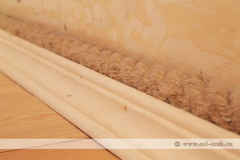 Плинтус и джутовая веревка (фото 1)